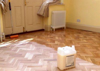 Olejování dřevěných podlah 006