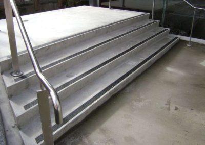 Protiskluzná ochrana dřevěných podlah 002