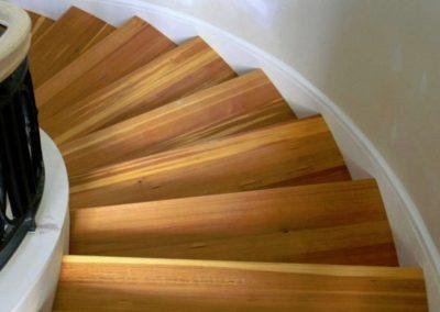 Renovace dřevěných schodů 003
